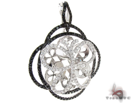 White Gold Round Cut Prong Black Diamond Butterfly Pendant Stone