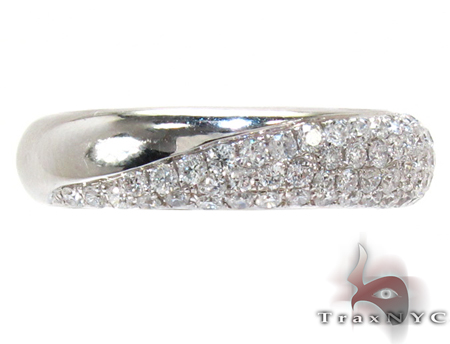 White Gold Round Cut Prong Diamond Ring Wedding