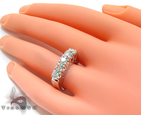 White Gold Round Cut Prong Diamond Anniversary Ring Wedding