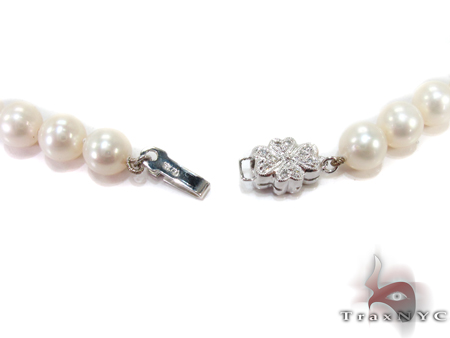 White Pearl Ladies Nacklace 27361 Pearl