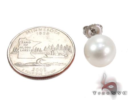 White Pearl Stud Earrings 27332 Stone