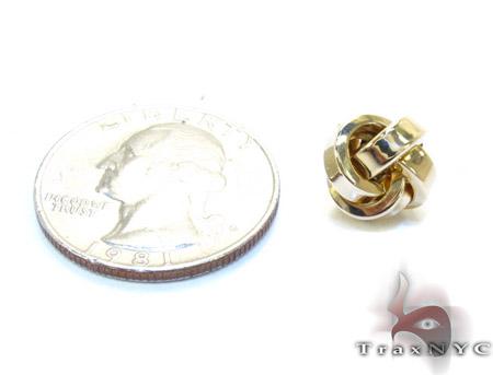 Yellow 14K Gold Twist Earrings Metal