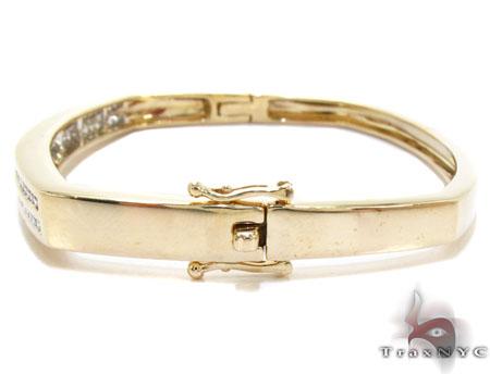 Yellow Gold Round Cut Channel Diamond Bangle Bracelet Bangle