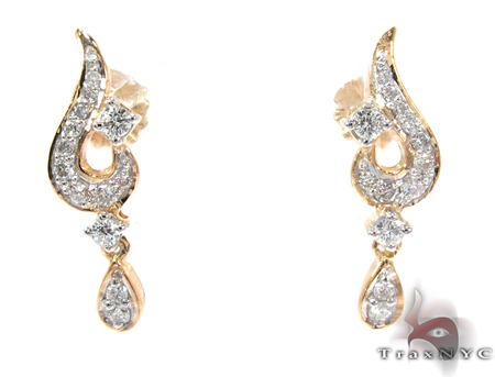Yellow Gold Round Cut Prong Diamond Chandelier Earrings Style