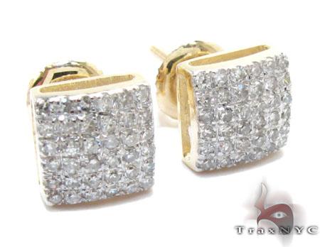 Yellow Gold Round Cut Prong Diamond Earrings Stone