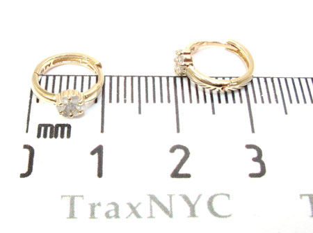 Yellow Gold Round Cut Prong Diamond Hoop Earrings Style