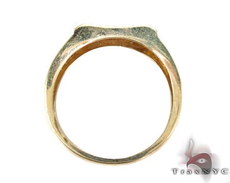 Yellow Gold Round Cut Prong Diamond Wedding Set 32324 Engagement