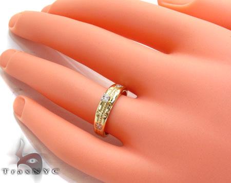 Yellow Gold Round Cut Prong Tension Diamond Ring Wedding